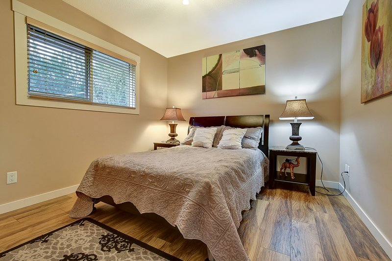 Double Room With Shared Bathroom, casa vacanza a West Kelowna