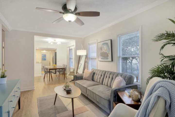 Corner Club Bungalow - with plenty of space to 'work from home', vacation rental in Carrollwood