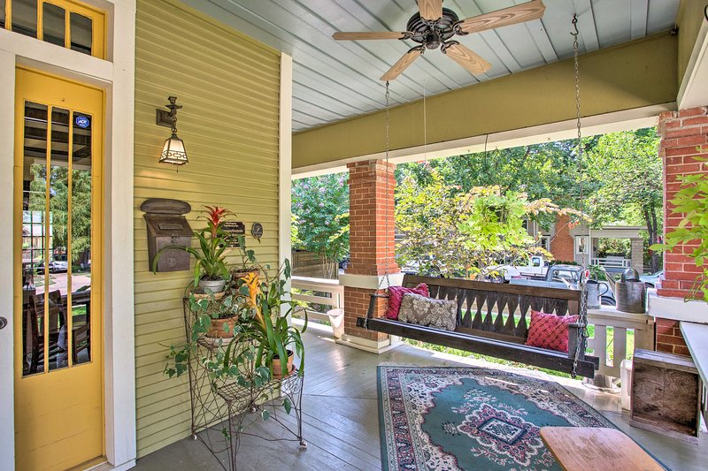 The 1-bedroom, 1-bathroom cottage boasts a shared pool and patio area.