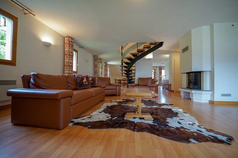 Le Penthouse du Birdie - Appartement 3 chambres à Giez, holiday rental in Giez