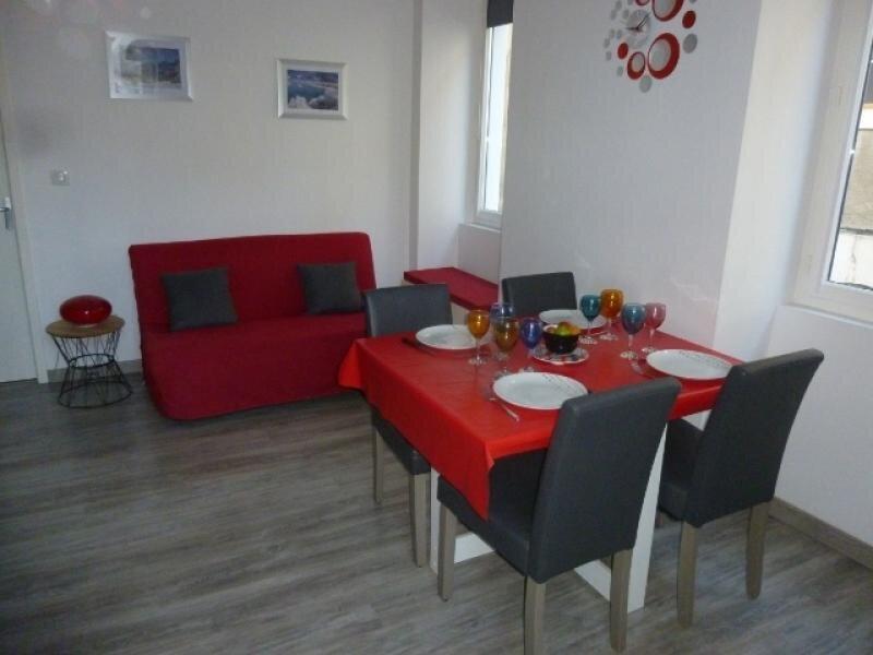 Charmant appartement en centre ville, vacation rental in Ignaux