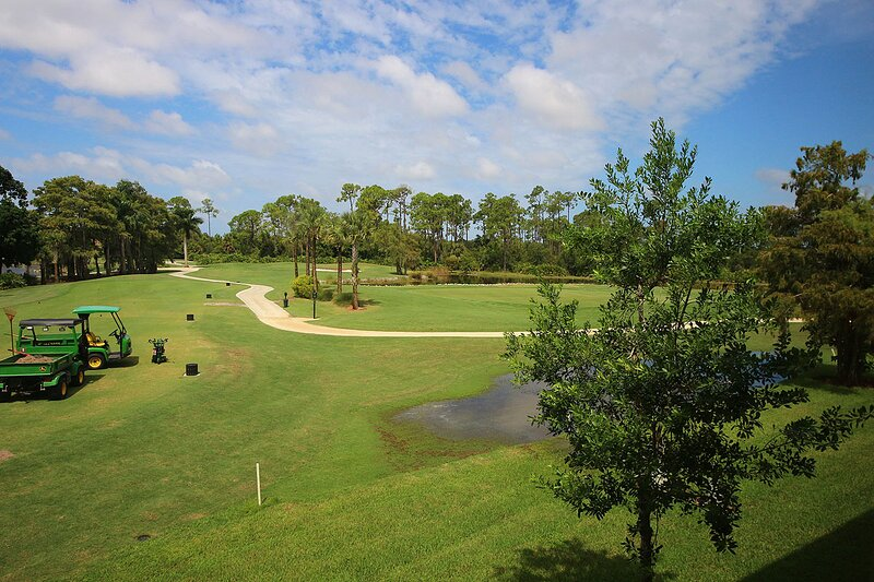 Glenmoor Greens at Glen Eagle, holiday rental in Naples