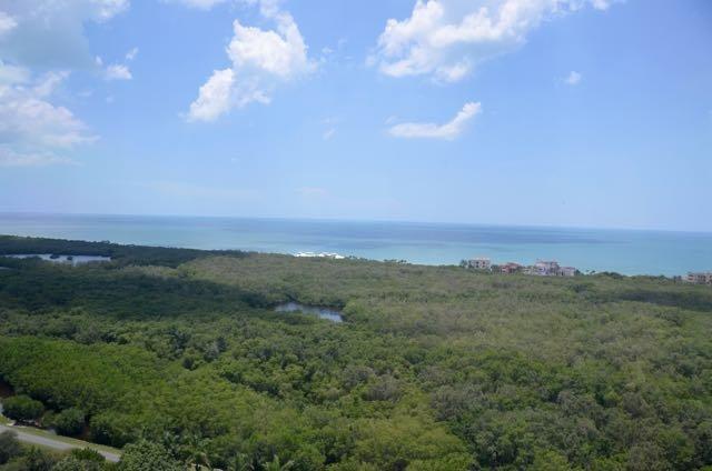 The Claridge in Pelican Bay PHD, vacation rental in Pelican Bay