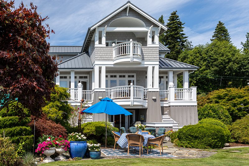 Sea to Sand Living LLC, vacation rental in Clinton