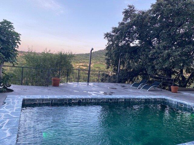 Chalet con PISCINA PRIVADA en Madrid - WIFI, vacation rental in El Casar de Escalona