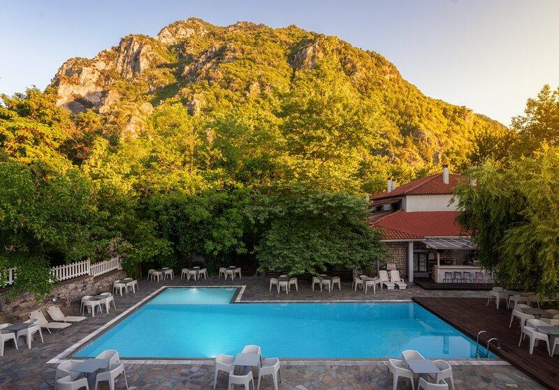Konitsa River Whisper - Gefyri Triple Premium, holiday rental in Aristi