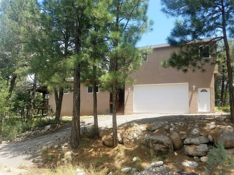 Pine Mountain Retreat  Pine Mountain Retreat - Cozy Cabins Real Estate, LLC., vacation rental in Ruidoso Downs