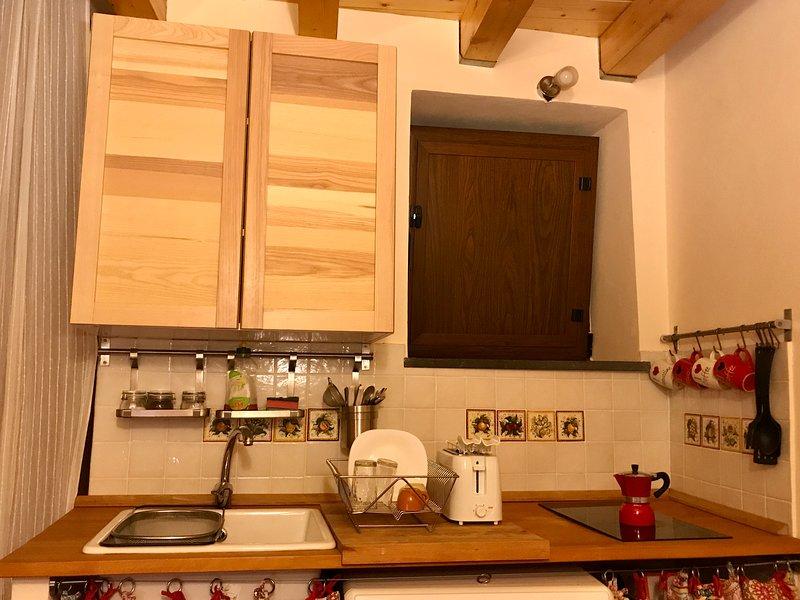 Vista completa della cucina