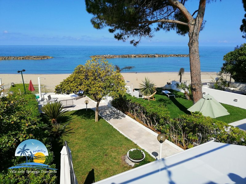 Villa sulla spiaggia Diamante, holiday rental in Cirella