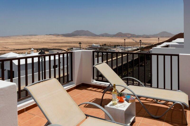 Villas Lanzarote Natura A, holiday rental in Soo