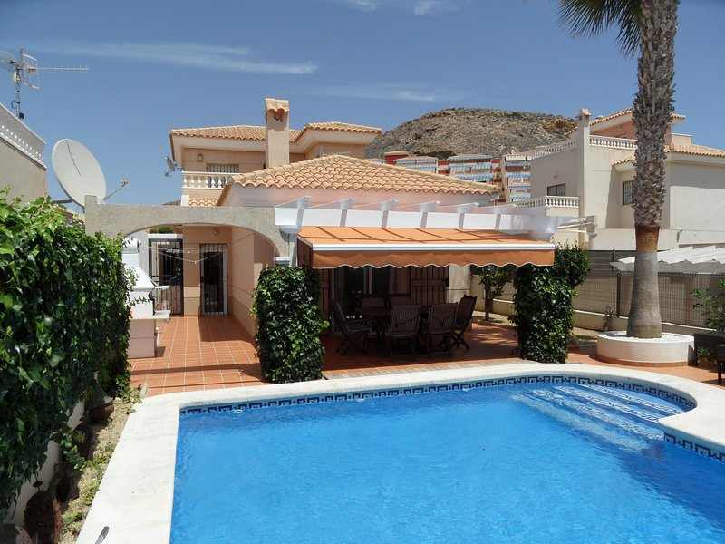 Casa Manuarna, 3 bedrooms 2 bathrooms, private pool, WIFI, Airco, Perfect villa, holiday rental in San Juan de los Terreros
