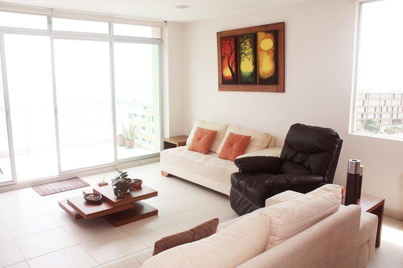 PenthouseTonsupa, holiday rental in Esmeraldas Province