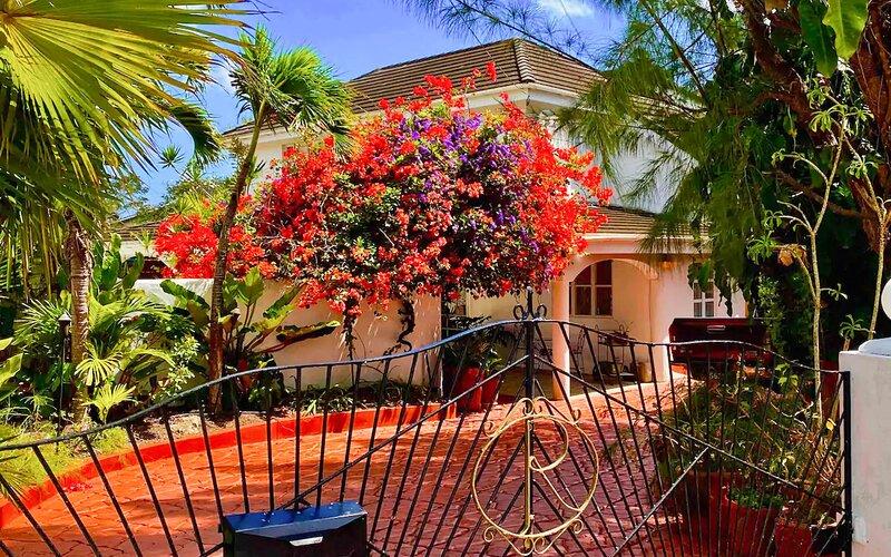 Wonderful Villa at Kent Christ Church, location de vacances à Saint George Parish