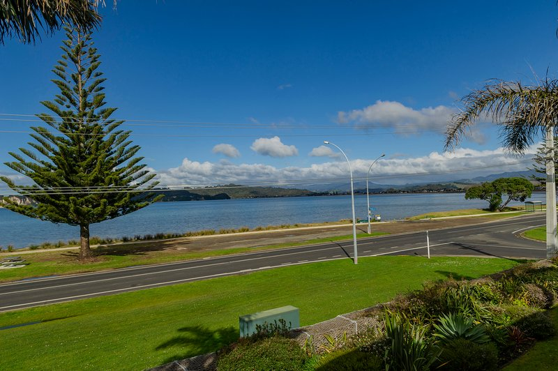 Soleil Sanctuary - Whitianga Holiday Home, Whitianga, holiday rental in Ferry Landing