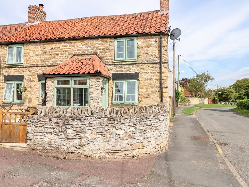 Lilac Cottage, Ingham, holiday rental in Glentham