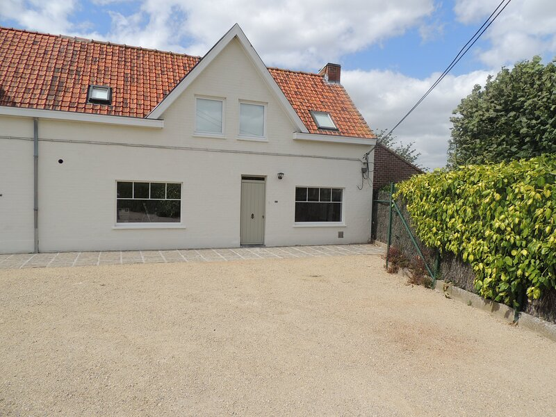 Holiday home ' Route 63 ', holiday rental in Pittem