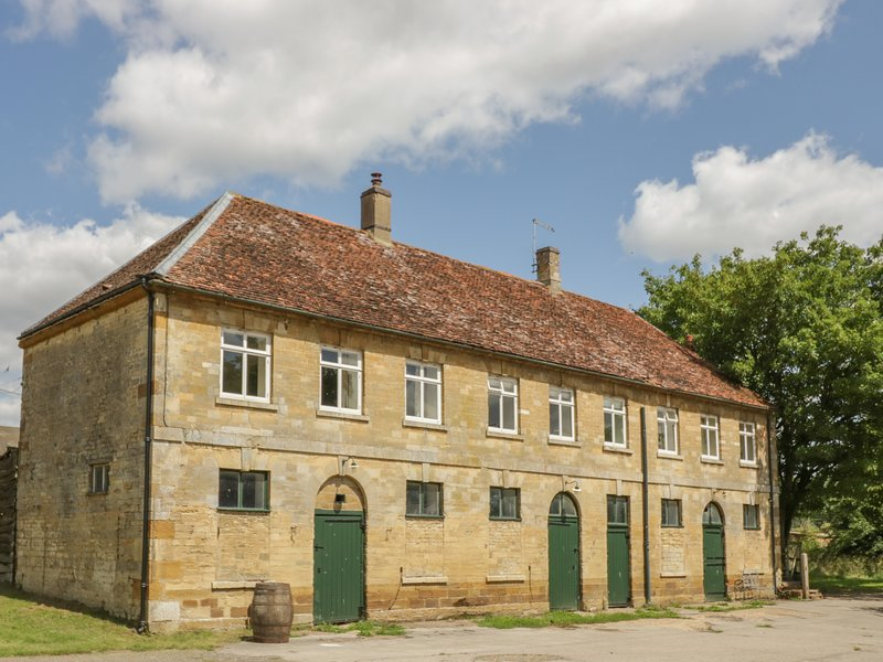 Stable Flat, Hartwell, vacation rental in Grendon