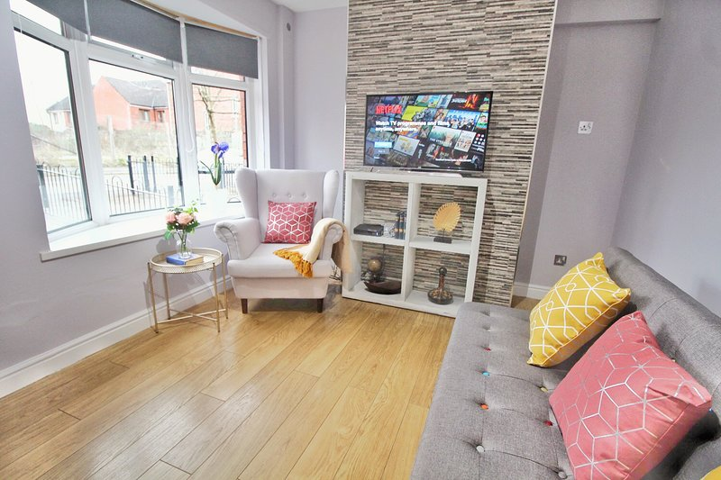 Anjore House - Modern Serviced Apartment, holiday rental in Belfast