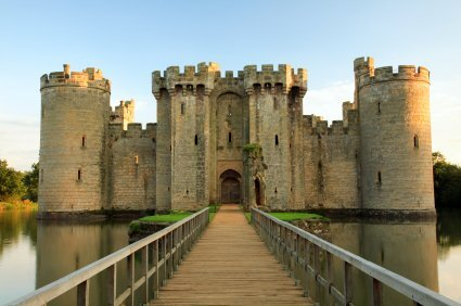 The iconic English castle. For a day out, Bodiam can be reached by car, boat, or steam train.