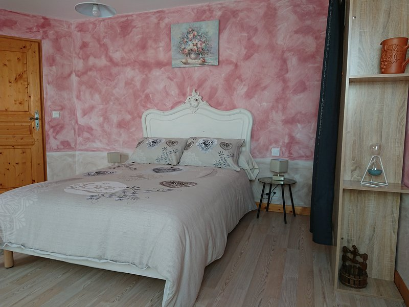 Maison d'Othe- chambre ORCHIDEE, holiday rental in Saint-Mards-en-Othe