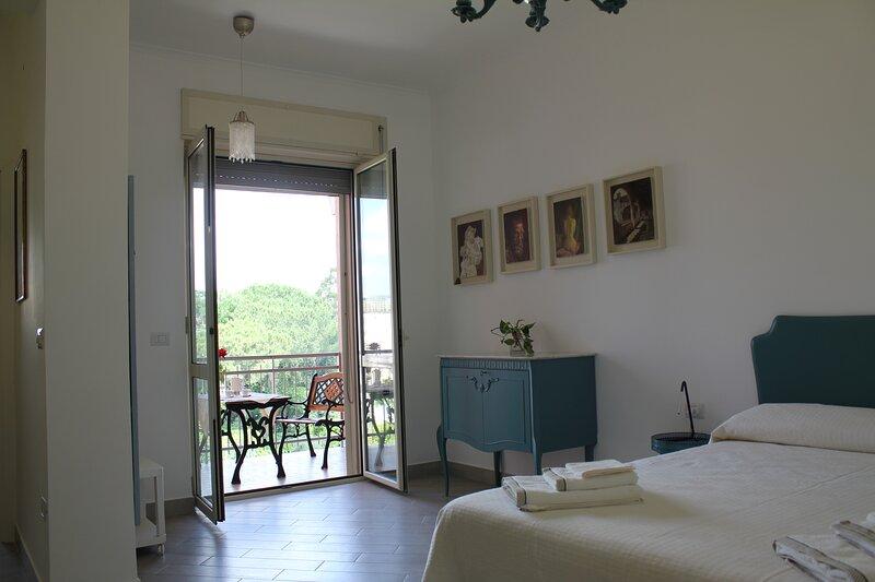 La Reggia - Stanza Privata - Casa PaVi -, location de vacances à Grumo Nevano