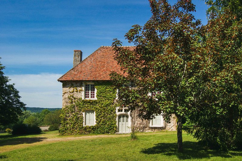 Le Manoir de Thiot, Gîtes sur Loire, Nevers, Bourgogne, holiday rental in Varennes-Vauzelles