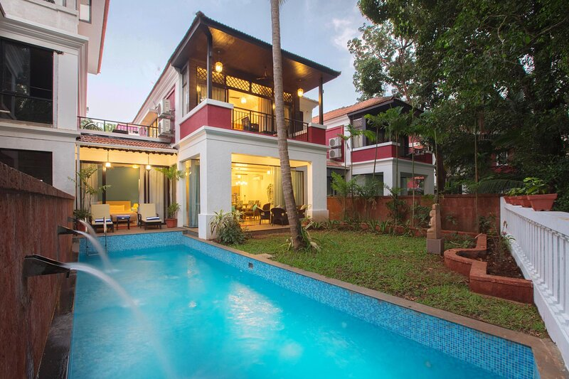 Villa with a pool