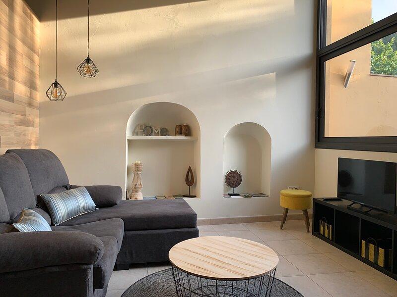 L'Heura - Apartamento Turístico Alt Empordà/Costa Brava, vacation rental in Cistella