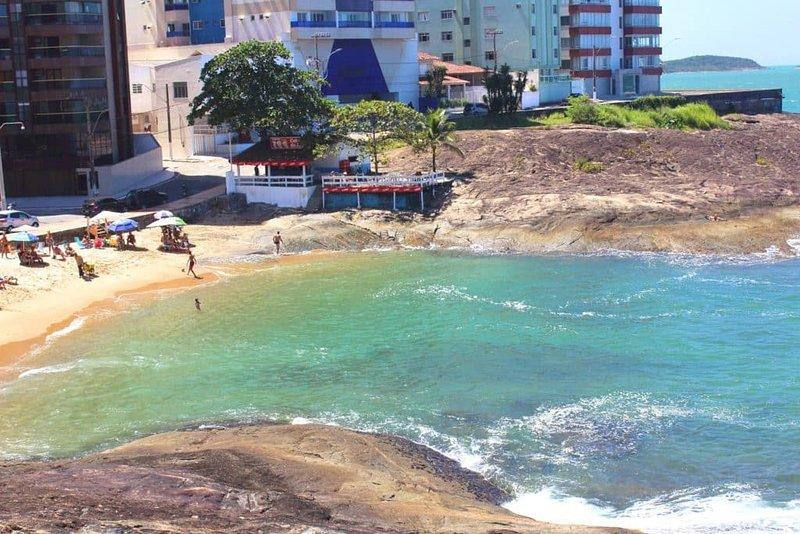 Apt em frente à Praia das Virtudes em Guarapari!, location de vacances à Alfredo Chaves