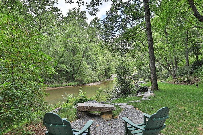 River House / Driftwood Cabins, location de vacances à North Carolina Mountains
