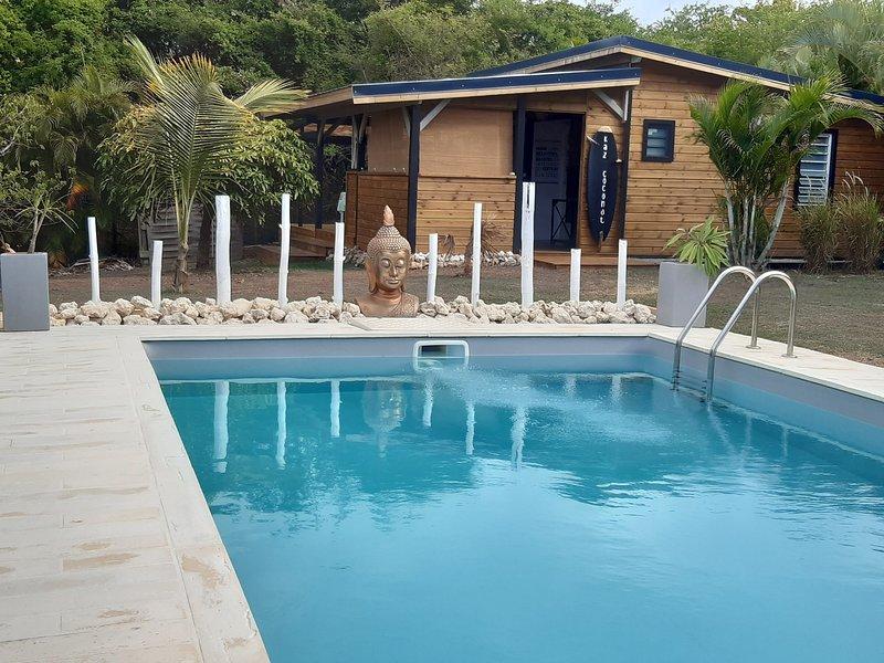 Kaz Coconut exotisme et confort à Saint François , bungalow 2 chambres avec piscine