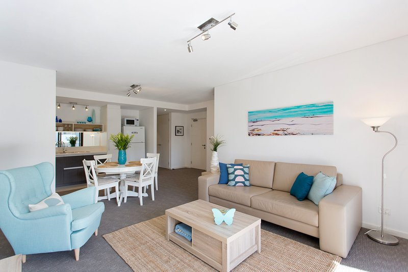 Beachside Living - South Fremantle, holiday rental in Spearwood