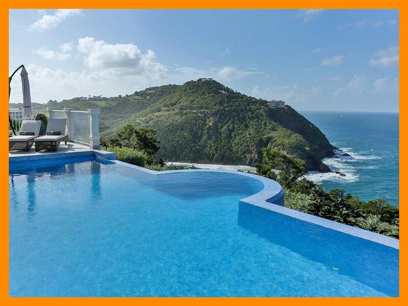 Cap Estate 54 - Premium villa with theater room, indoor bar and amazing views, holiday rental in Cap Estate