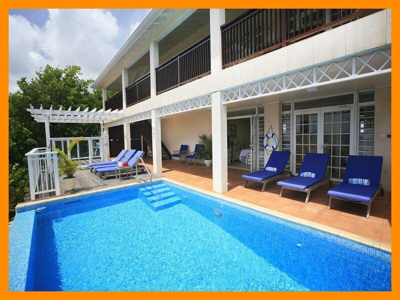 Cap Estate 52 - Modern villa with pool, jacuzzi and views of Altantic Ocean, aluguéis de temporada em Cas En Bas