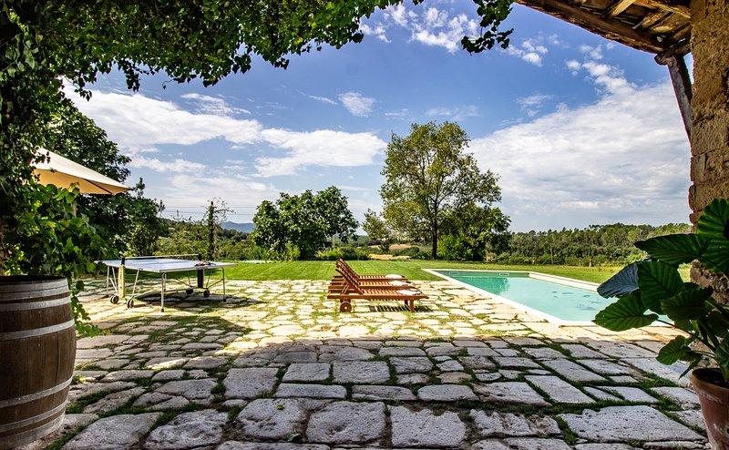 Masía Can Grau - Habitación 7 en entorno natural con jardín, piscina y caballos, casa vacanza a Bascara