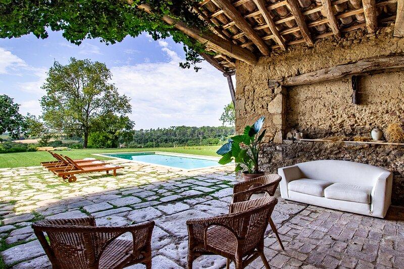 Masía Can Grau - Habitación 6 en entorno natural con jardín. piscina y caballos, casa vacanza a Bascara