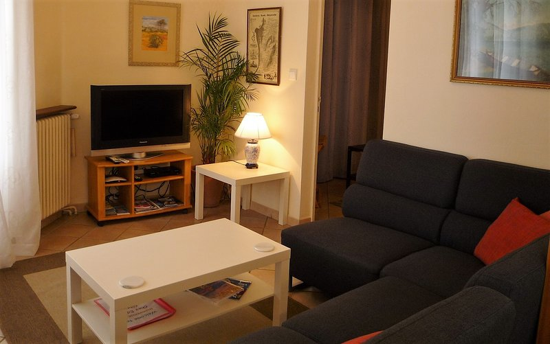 Chez Edell Holiday Cottage, holiday rental in Gaugeac
