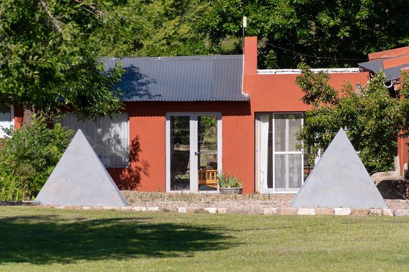 Casas de Campo Calamuchita - Casa Pirámides, alquiler de vacaciones en Santa Rosa de Calamuchita