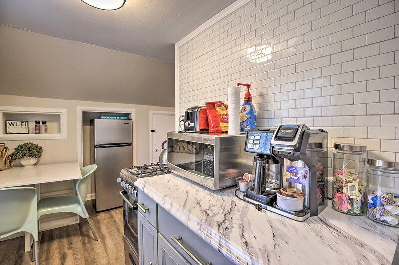 With a well-equipped kitchen, this is a great spot for couples.