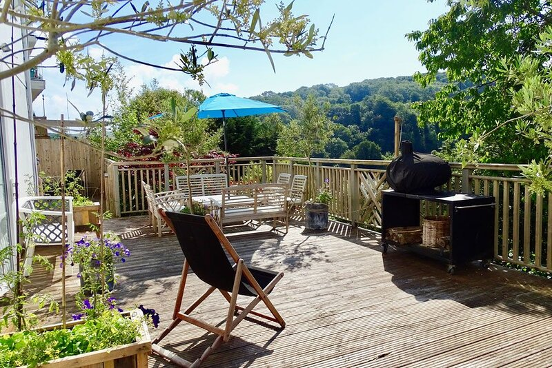Moonshine Retreat, holiday rental in Dartmouth