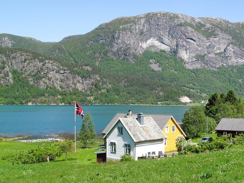 Ikjefjord (FJS219), vacation rental in Matre