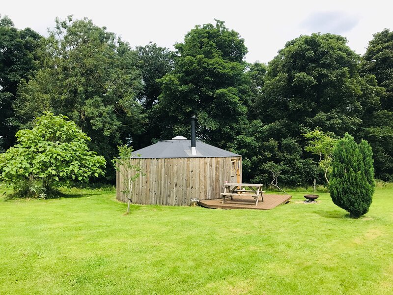 Baby Moon, Apothecary Yurt, holiday rental in Redcar