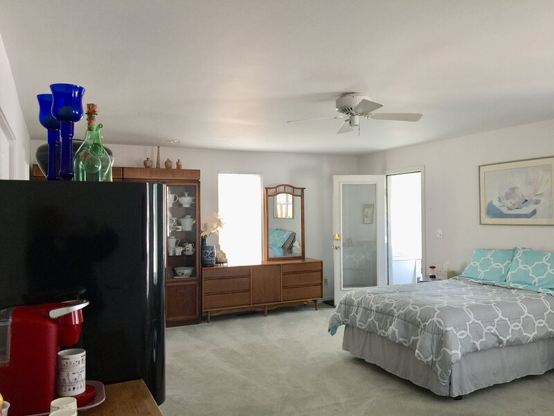 Large Studio by the Beach w/private entrance, holiday rental in Fairfield