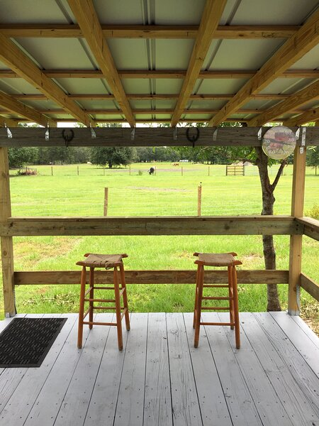 Midnight Stables Country Get Away, holiday rental in Fort Ogden