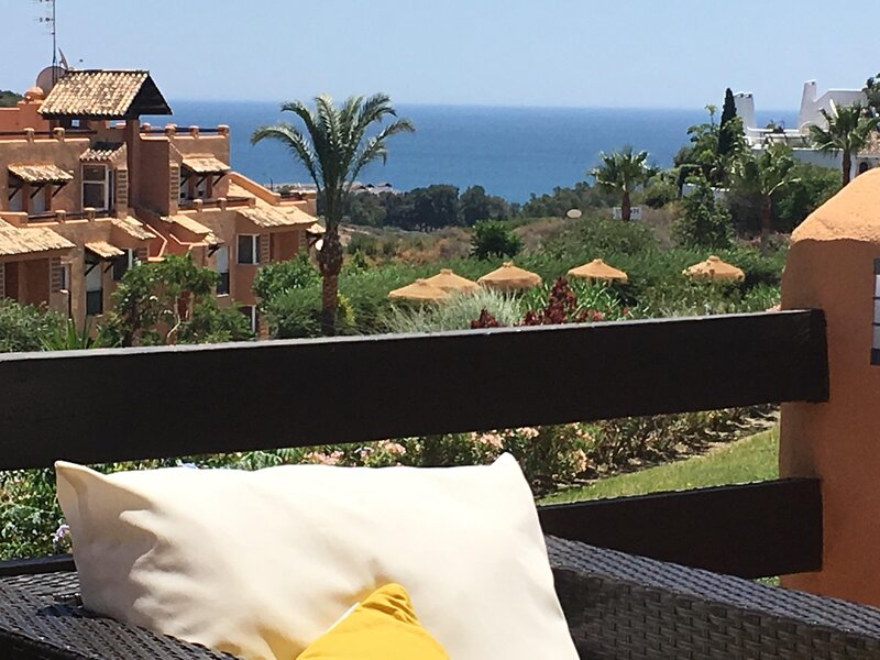 Le paradis est là!, holiday rental in Casares del Sol