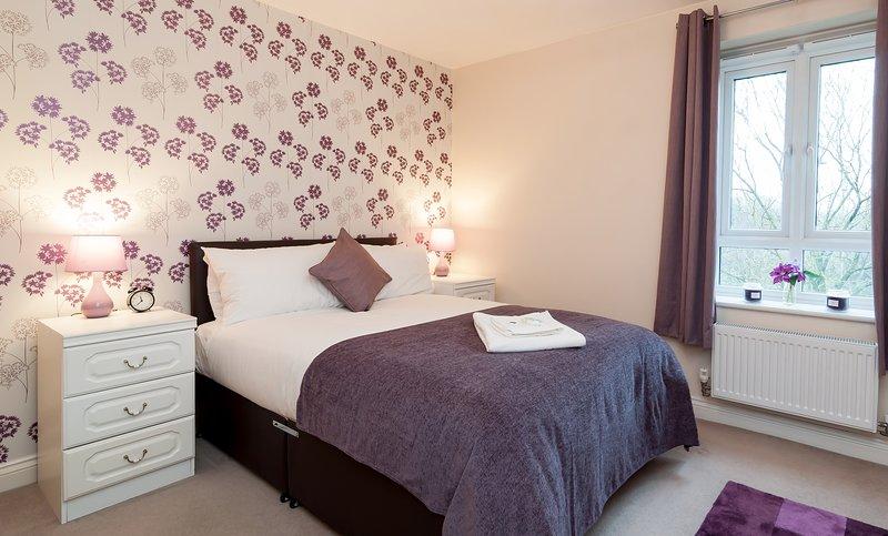 Cosy 2 beds 2 baths, holiday rental in Basingstoke