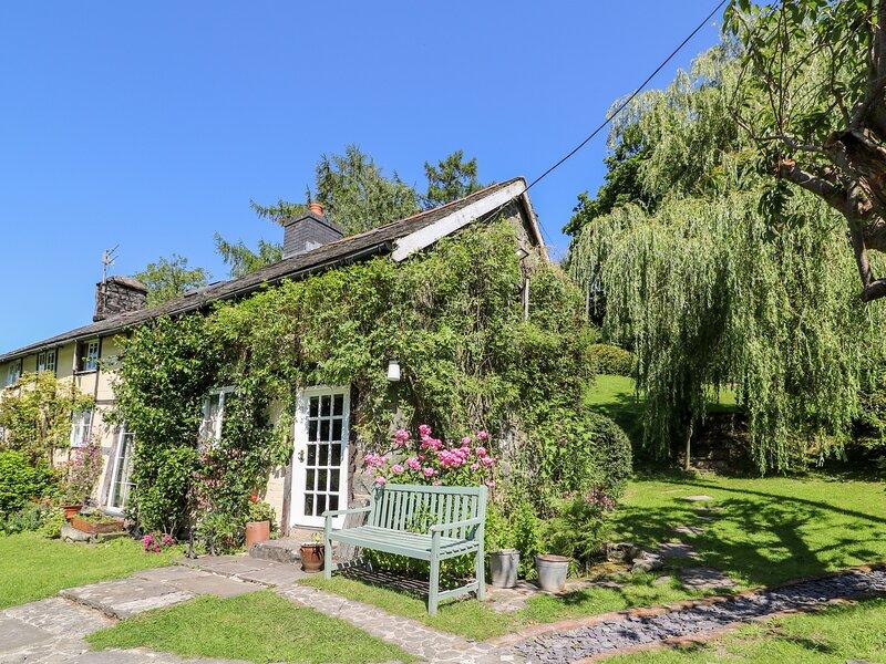 Lower Dolgenau (The Cottage), Llanidloes, holiday rental in Trefeglwys