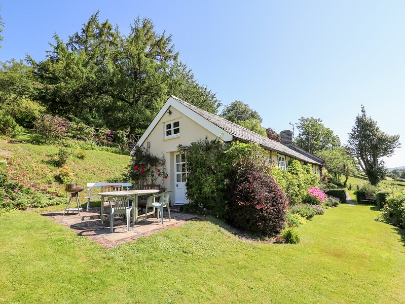 DOLGENAU HIR, all ground floor, near Trefeglwys, casa vacanza a Pontdolgoch