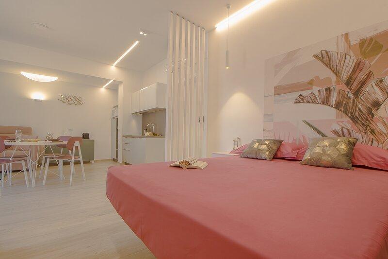 PRIMOPIANO Luxury Accommodations - Monolocale SOLE, casa vacanza a Spiaggia Scialmarino