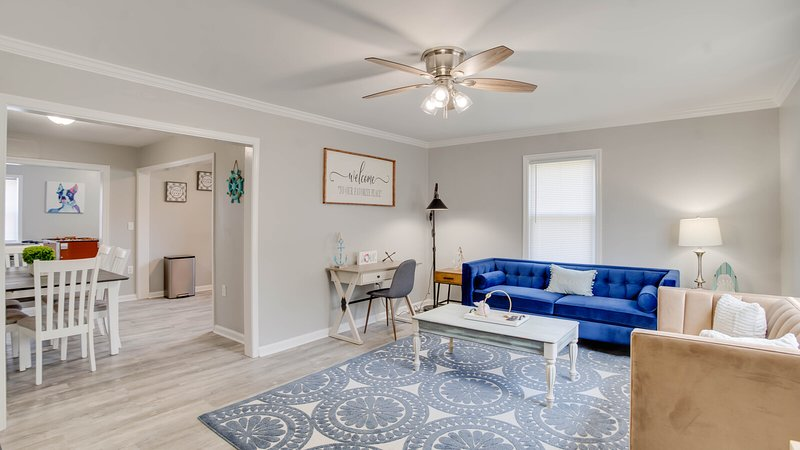 Newly renovated Cape Cod at Buckroe Beach! Sleeps 8, holiday rental in Hampton